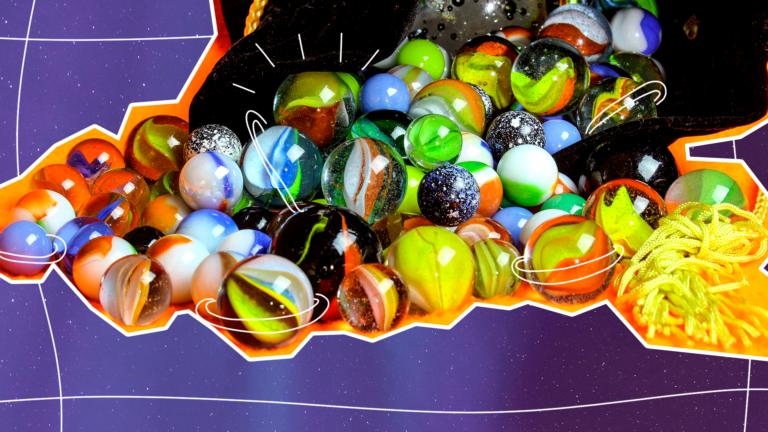 imagem de capa de blog com bolinhas de gude representando o multiculturalismo nas empresas