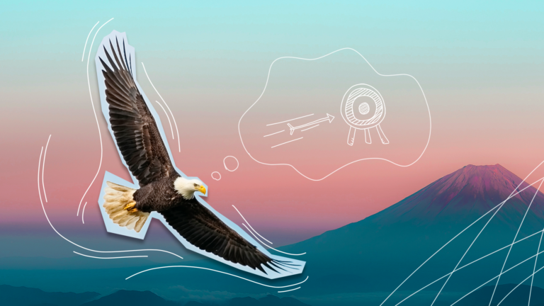 imagem de capa do blog com um gavião voando sobre uma paisagem de montanhas atrás, representando um RH estratégico