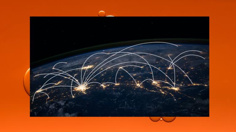 imagem de capa blog mostrando uma parte do globo terrestre com linhas transparentes fazendo ligações entre várias cidades do mundo representando o big data