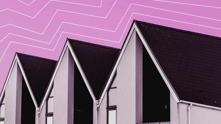 imagem de capa blog com três casas lado a lado representando a reforma da casa