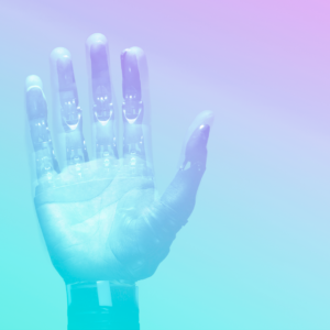 mão de um robô virada para cima representando metaforicamente a transformação digital